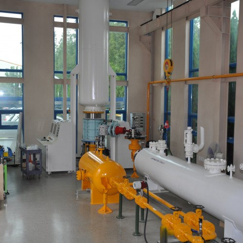 TEST FACILITY FOR HIGH & LOW PRESURE